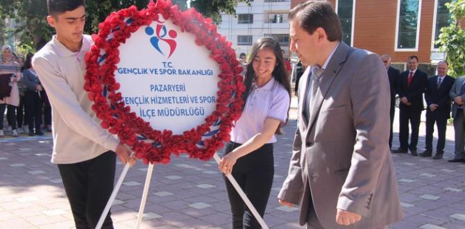 Pazaryeri'nde 19 Mayıs Kutlamaları Çelenk Koyma Töreniyle Başladı