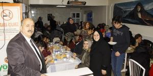 MHP BELEDİYE BAŞKAN ADAYI FİLİZLİ'DEN KADIN KOLLARINA YEMEK