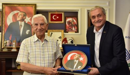EMEKLİ ORGENERAL KIVRIKOĞLU'NDAN BAŞKAN BAKKALCIOĞLU'NA ZİYARET