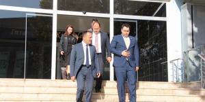 GÖNÜLLERİN VALİSİ ŞENTÜRK'ÜN PAZARYERİ ZİYARETİ