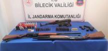 Pazaryeri'nde Kalaşnikof Silahı Yakalandı